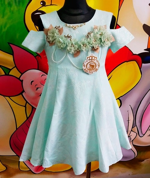 Красивое нарядное детское платье Турция
