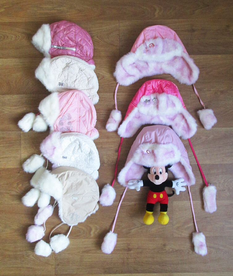 Детская зимняя шапка для девочки плащевка с мехом